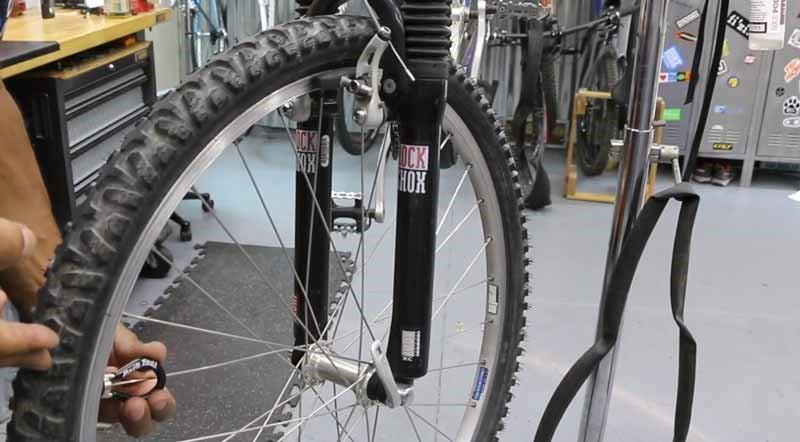 Bike Wheel truing